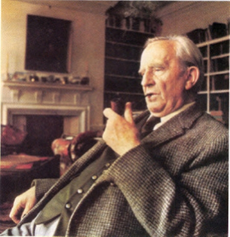 jrr-tolkien-pipe-color-photo