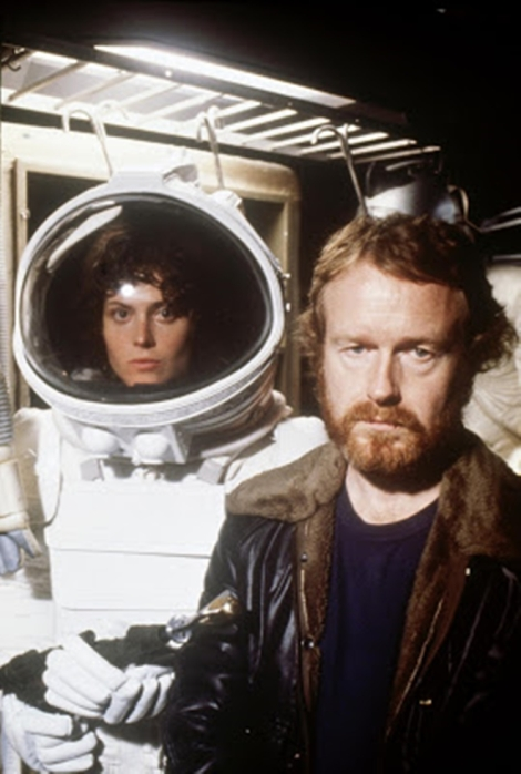 still-of-sigourney-weaver-and-ridley-scott-in-alien
