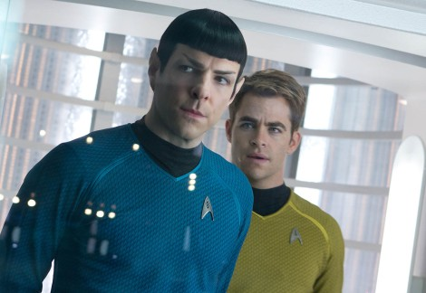 foto-chris-pine-y-zachary-quinto-en-star-trek-2-en-la-oscuridad-2-729