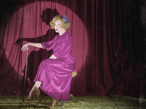 american-horror-story-freak-show-character-poster-jessica-lange