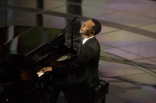 John Legend interpretando 'Glory'