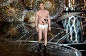 Neil Patrick Harris en calzoncillos imitando a 'Birdman'