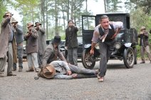 23. Sin ley (Lawless)